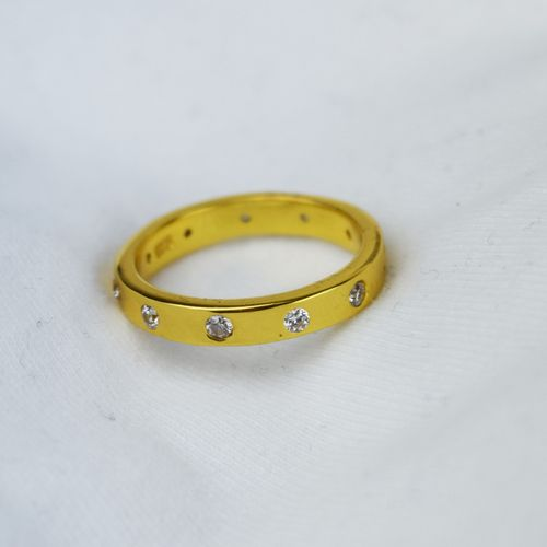 Gold Band Ring With Crystals